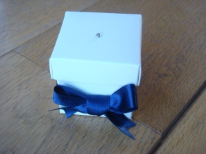 Favour box with lid in Navy blue